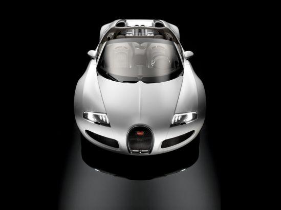 Bugatti Veyron su nuimamu stogu