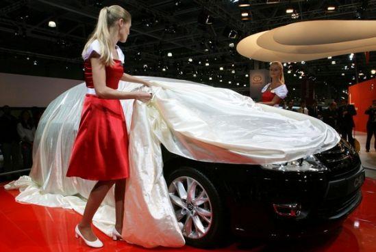 """""""Moscow Int. Motor Show"""" parodoje pristatyti aktualiausi Rytų Europos rinkai automobilių modeliai"""