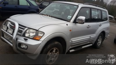 Mitsubishi Pajero, Cross-country, 2002
