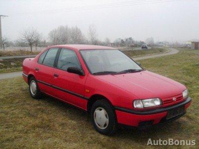 Nissan Primera, Sedanas, 1992