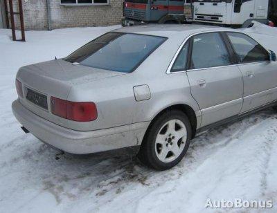 Audi A8, Sedanas, 1998